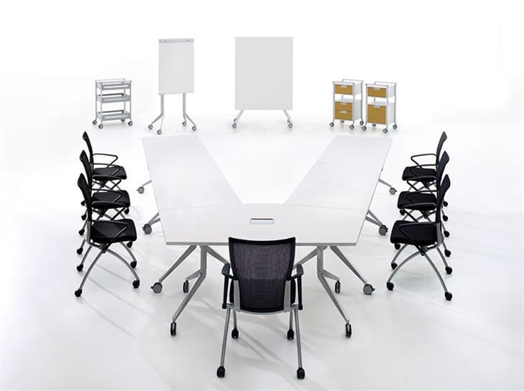Flexible Möbel für vielfältige Situationen - Alltec Bürokonzept