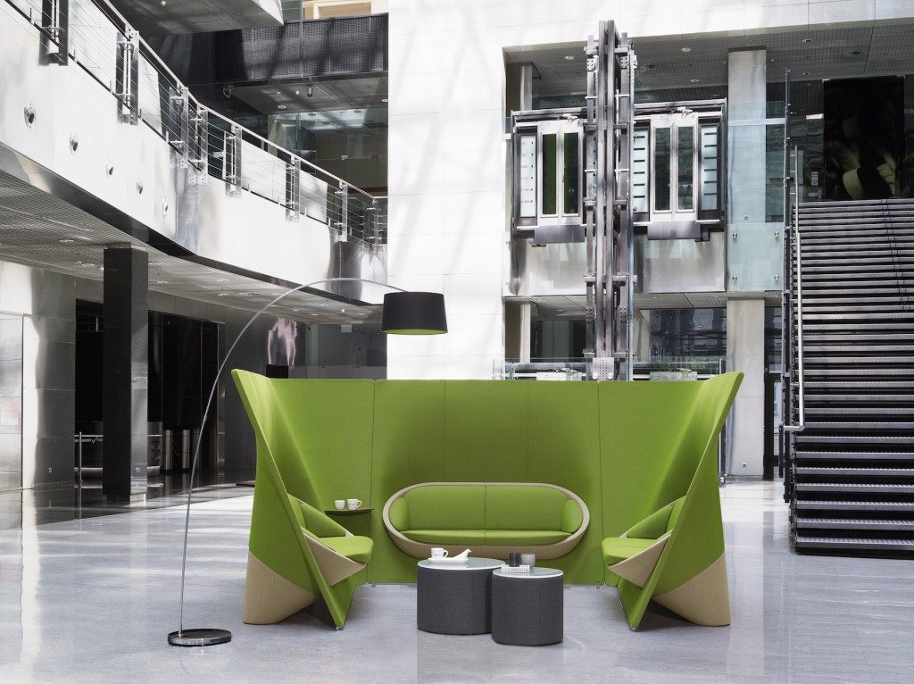 Sofa und Trennwand - das Möbel 'Wyspa'